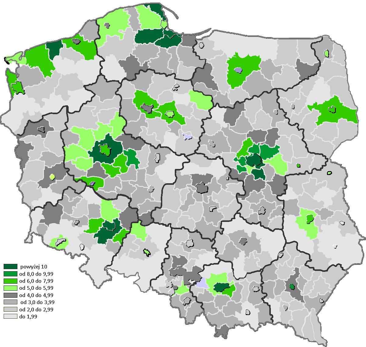 Liczba rocznie budowanych mieszkań w powiatach na 1 tys. ludności